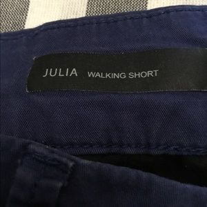 Kut from the cloth Julia walking shorts size 10